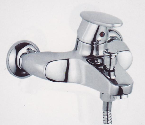 A0202-3  смесител вана + аксесоари